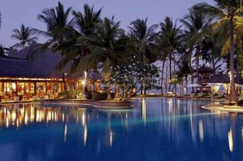 印尼巴厘岛努沙杜瓦拉古娜度假村the laguna resort &